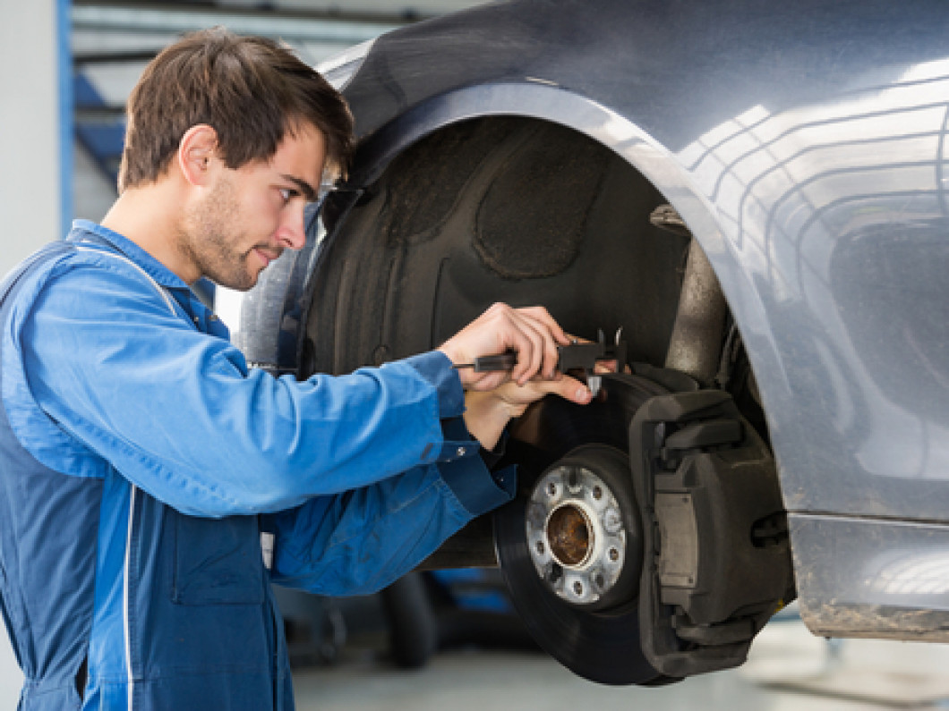 3 signs you need brake repairs